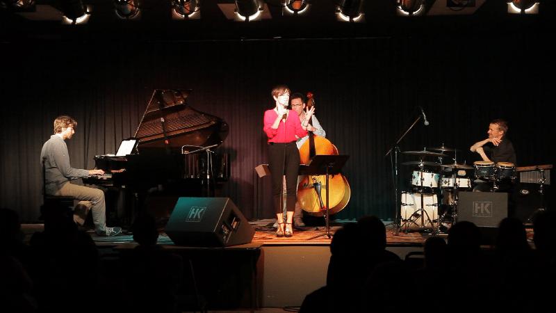 11-los-angeles-concert-with-sara